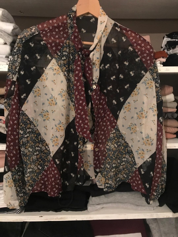 Damers bluser og skjorter - STRADIVARIUS photo 1