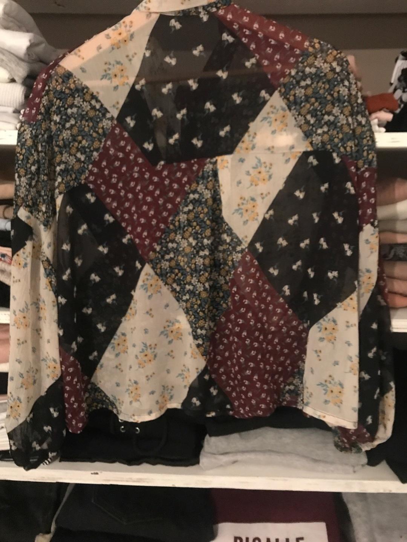 Damers bluser og skjorter - STRADIVARIUS photo 2