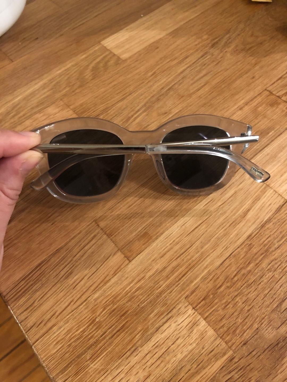 Women's sunglasses - LE SPECS photo 2