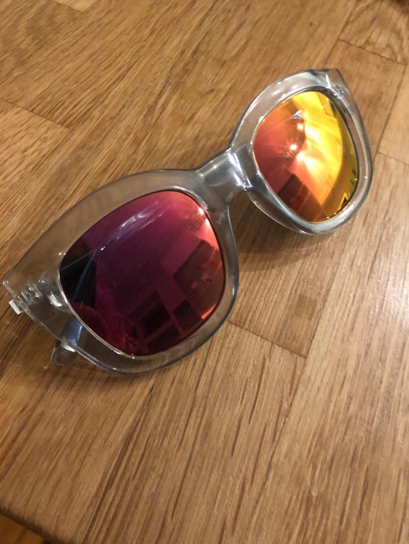 Women's sunglasses - LE SPECS photo 3