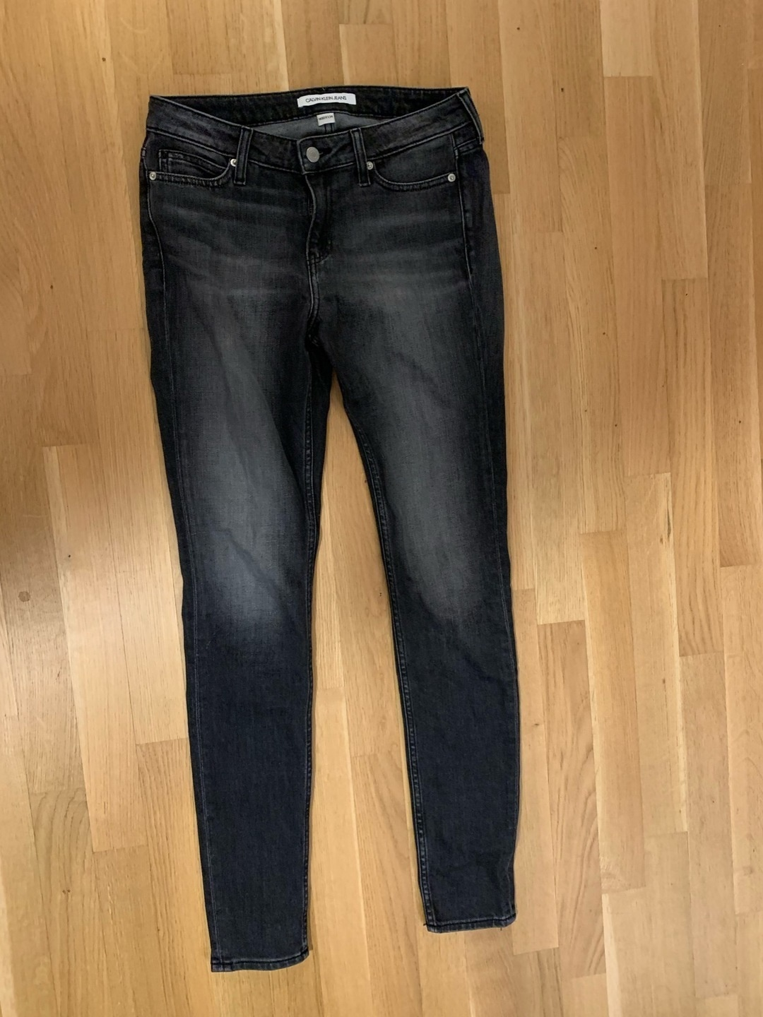 Women's trousers & jeans - CALVIN CLEIN JEANS photo 1