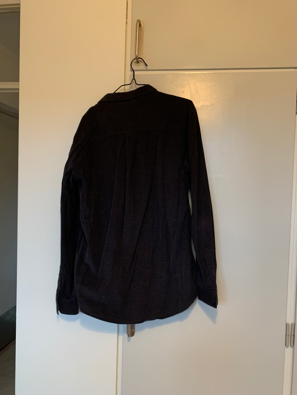 Damen blusen & t-shirts - WEEKDAY photo 2
