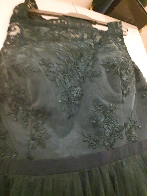 Women's dresses - CHI CHI LONDON photo 3
