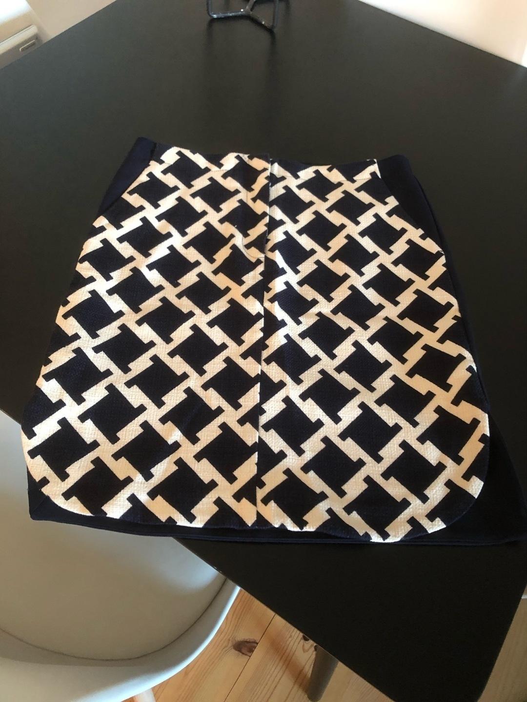 Women's skirts - BAUM UND PFERDGARTEN photo 1