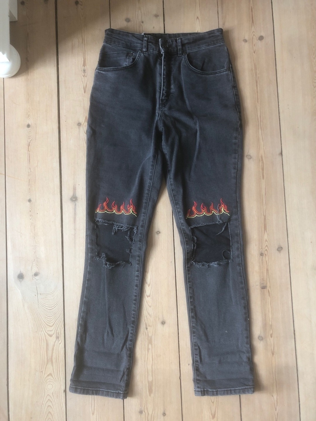 Women's trousers & jeans - THE RAGGED PRIEST photo 1