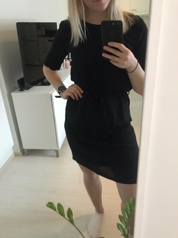 Damers kjoler - JACQUELINE DE YONG photo 1