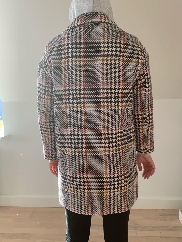 Damers frakker og jakker - STRADIVARUS photo 2