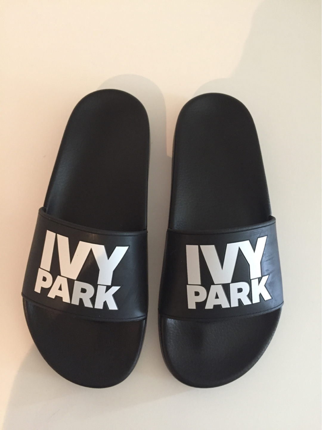 Women's sandals & slippers - IVY PARK photo 1