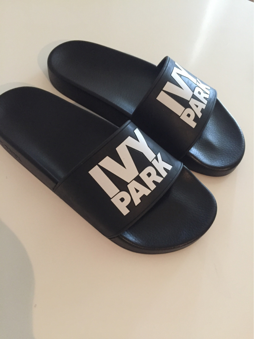 Women's sandals & slippers - IVY PARK photo 2