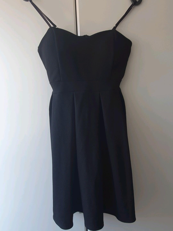 Women's dresses - KLEINE SCHWARZE photo 4