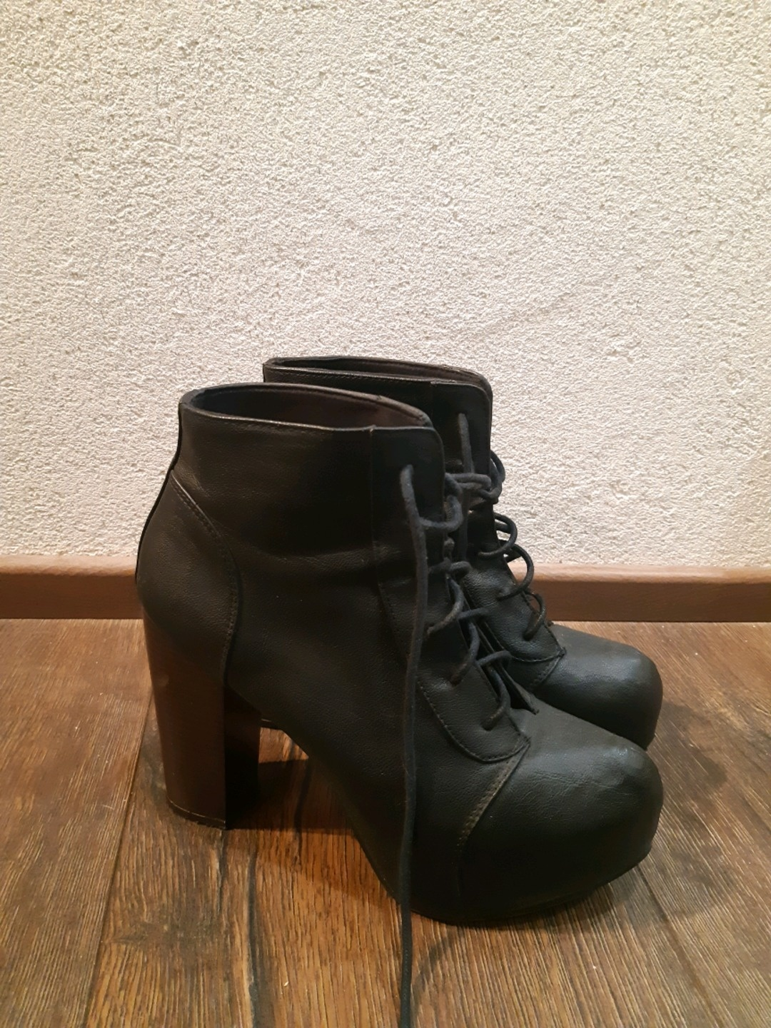 Damen stiefel - DIVIDED BY H&M photo 1