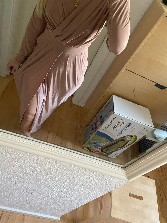 Women's dresses - MISSI LONDON photo 2