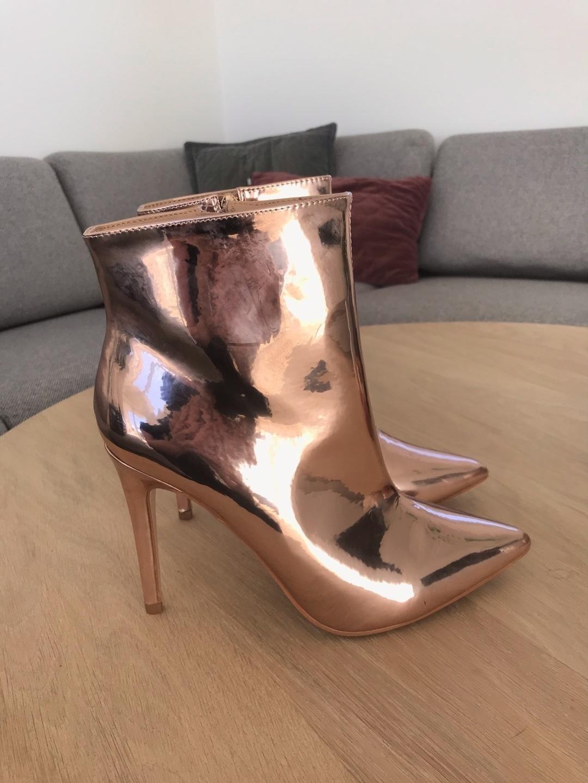 Women's boots - ASOS photo 2