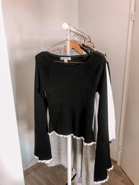 Women's blouses & shirts - FASHIONOVA photo 1