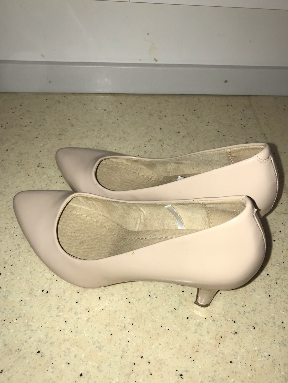 Women's heels & dress shoes - ALLOY photo 1