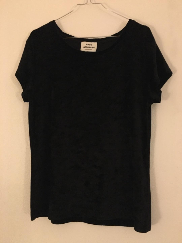 Women's tops & t-shirts - MADS NØRGAARD photo 1