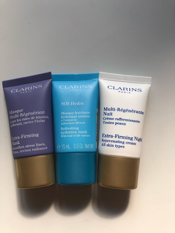 Women's cosmetics & beauty - CLARINS photo 1