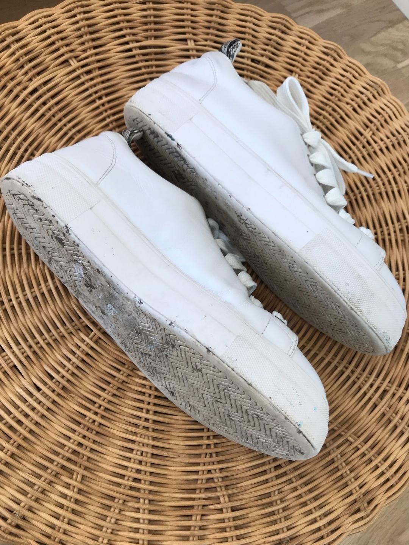 Women's sneakers - STYLESNOB photo 3