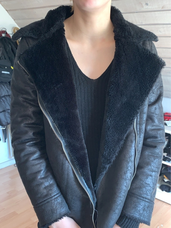 Women's coats & jackets - BESTSELLER photo 1