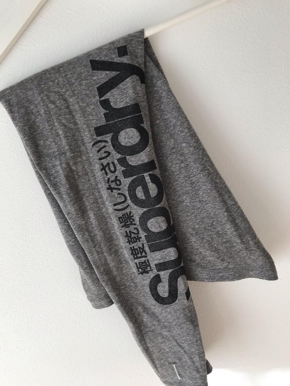 Women's sportswear - SUPERDRY photo 1
