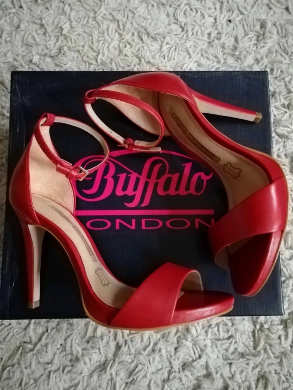 Women's heels & dress shoes - BUFFALO PUMPS ROT 36 NEU photo 1