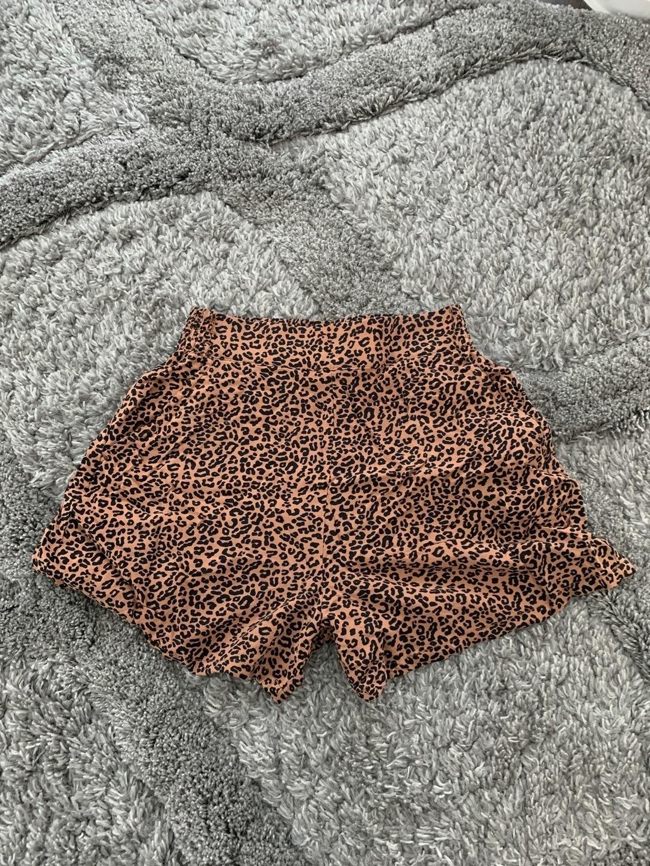Damen shorts - LINDEX photo 1