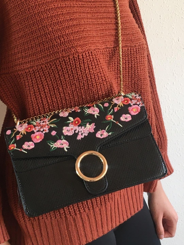 Damers tasker og punge - LIQOURISH photo 1