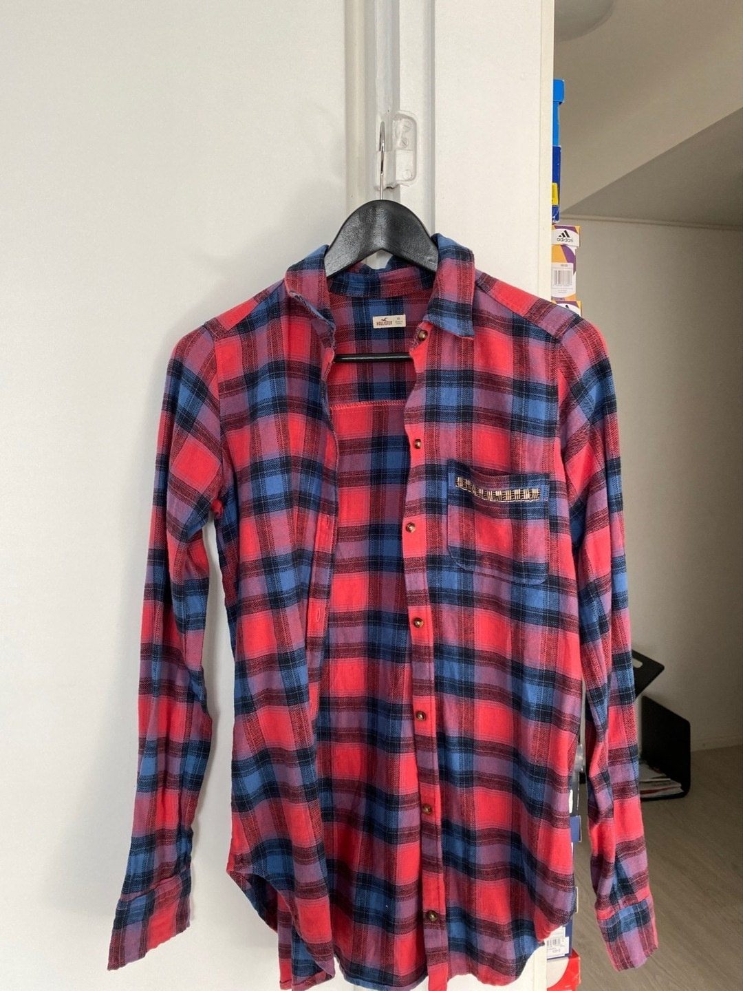 Women's blouses & shirts - HOLLISTER photo 1