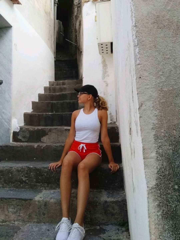 Naiset shortsit - TERRANOVA photo 2