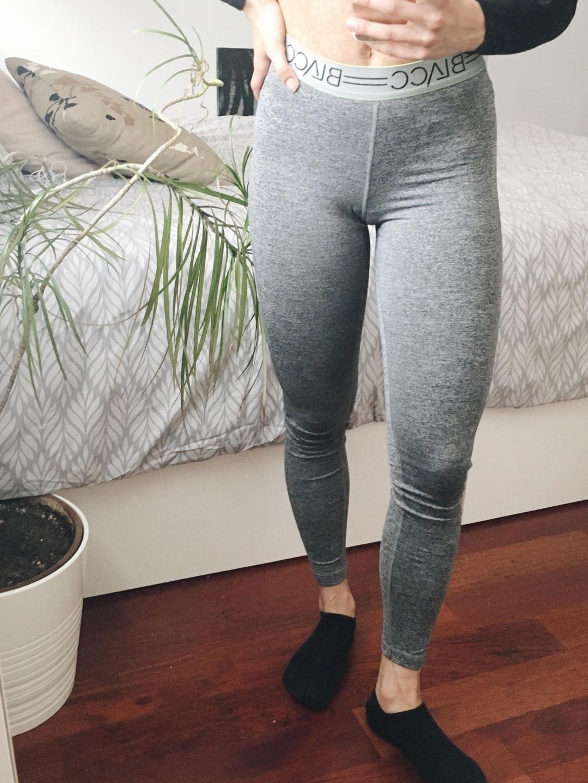 Damen sportkleidung - BLACC photo 2