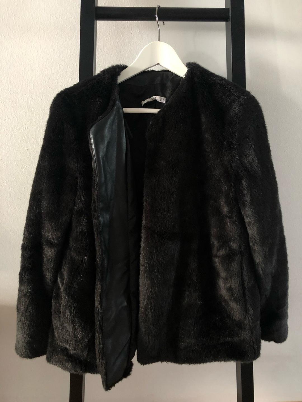 Naiset takit & jakut - MANGO photo 1