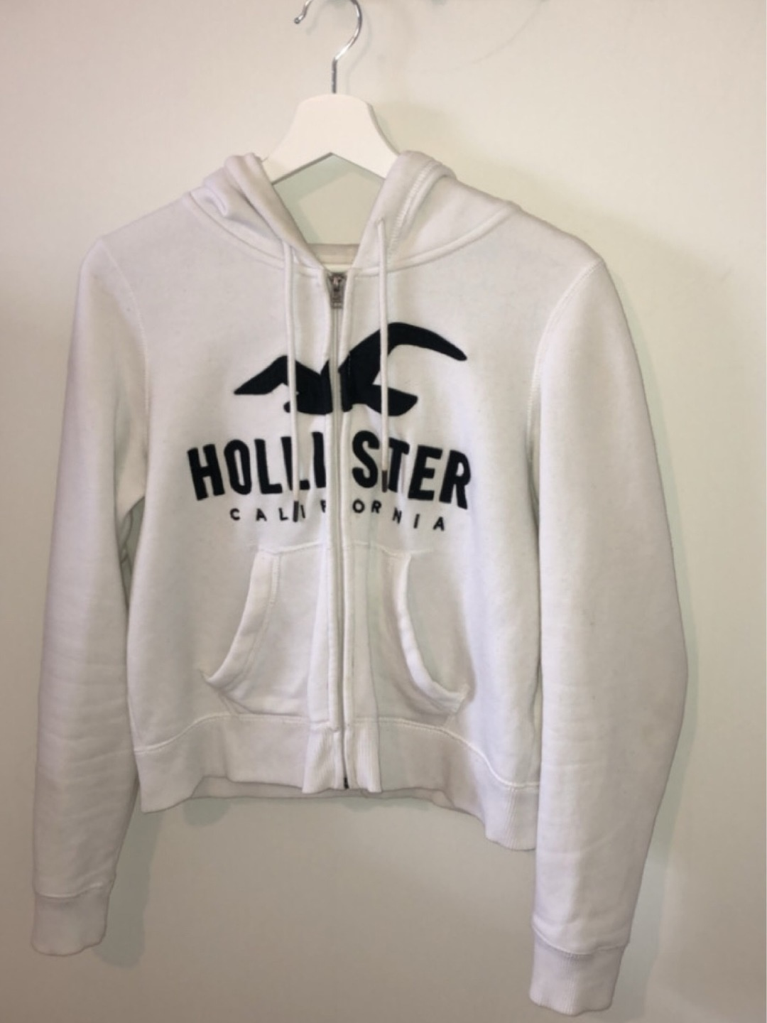 Naiset hupparit & collegepaidat - HOLLISTER photo 1