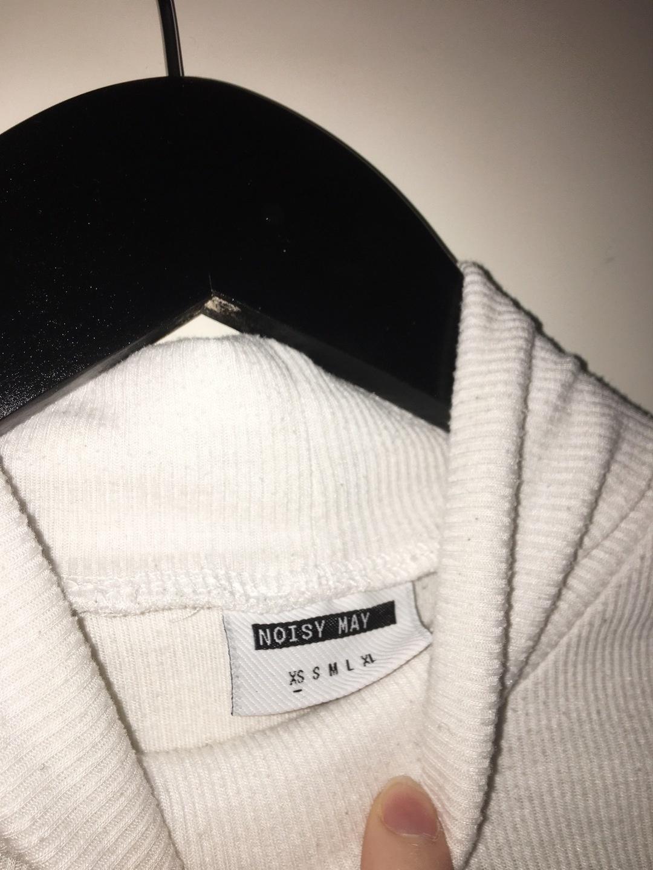 Damen blusen & t-shirts - NOISY MAY photo 2