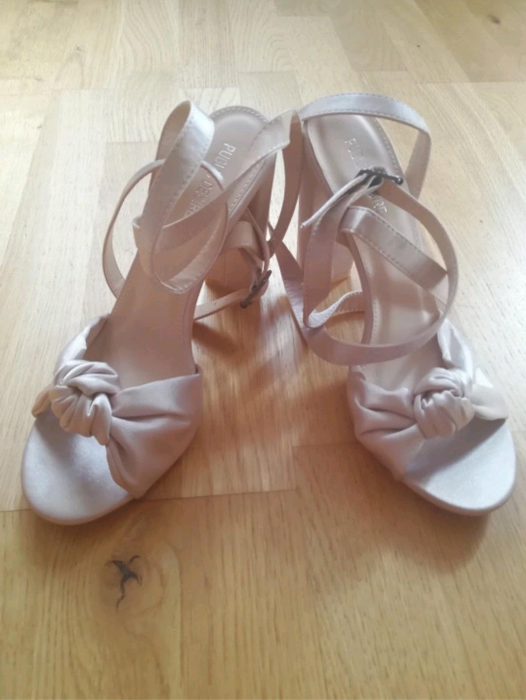 Women's heels & dress shoes - PUBLIC DESIRE photo 1