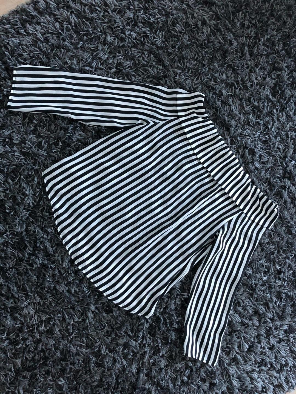 Women's blouses & shirts - GINA TRICOT photo 2