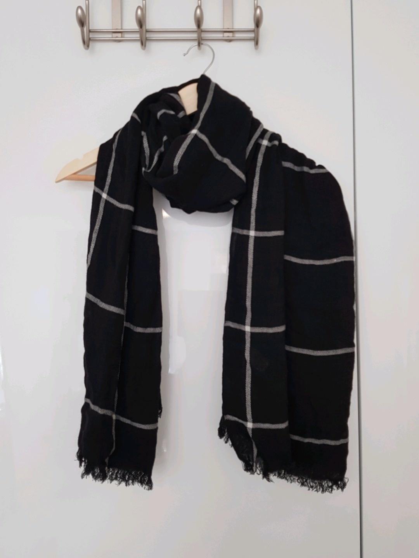Women's scarves & shawls - KAIIO photo 1