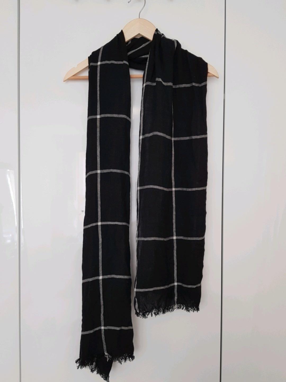 Women's scarves & shawls - KAIIO photo 2
