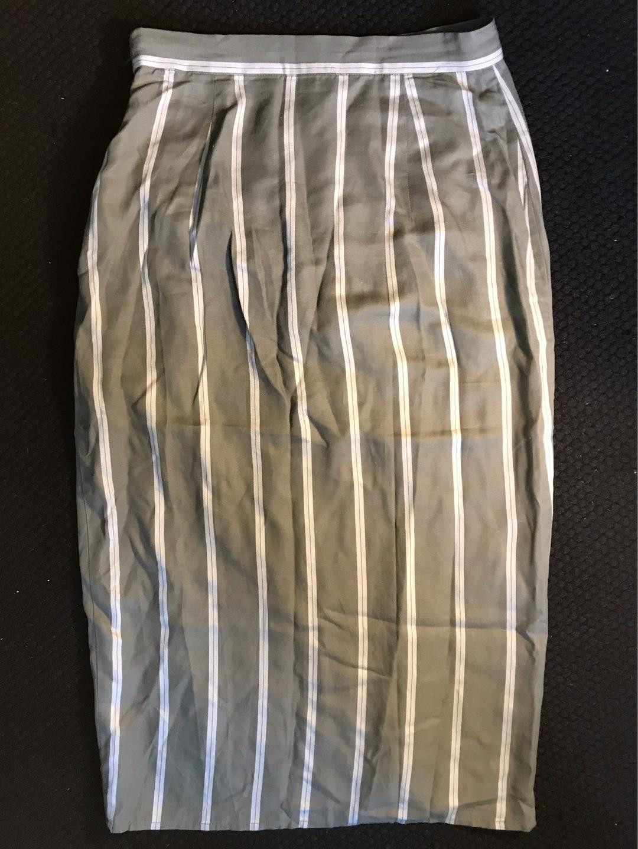 Women's skirts - H&M photo 2