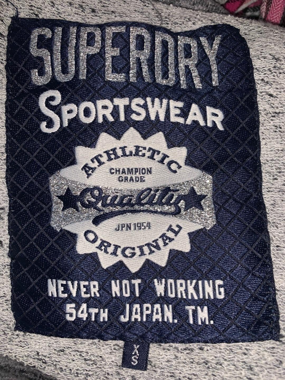 Women's hoodies & sweatshirts - SUPERDRY photo 3