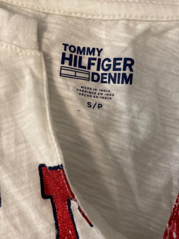 Women's tops & t-shirts - TOMMY HILFIGER photo 3