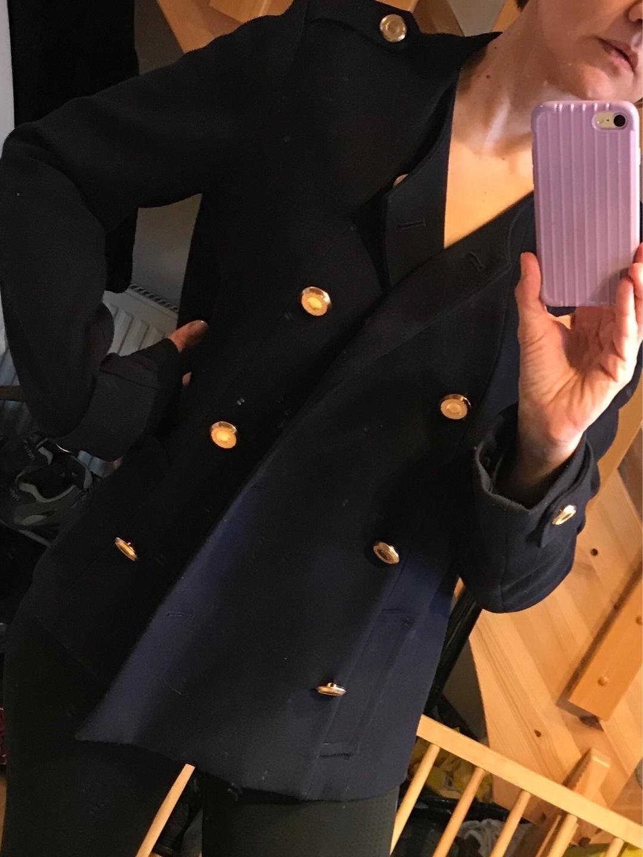 Women's coats & jackets - GUESS photo 4