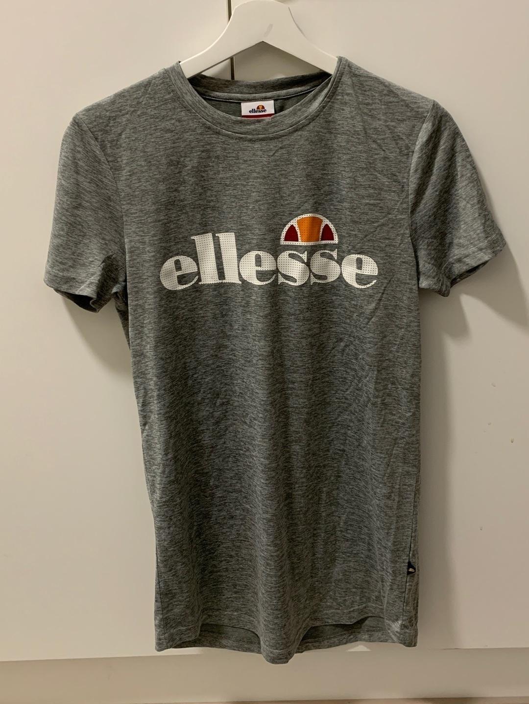 Women's tops & t-shirts - ELLESSE photo 1