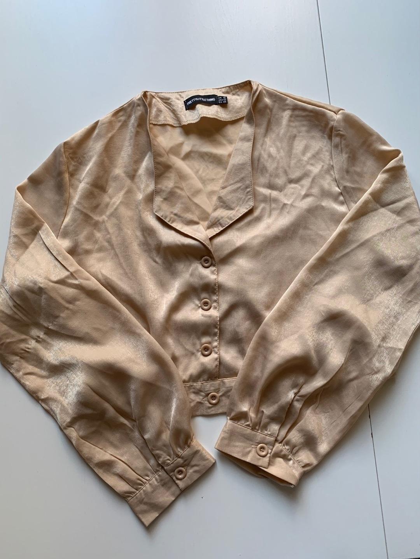 Women's blouses & shirts - PRETTYLITLLETHING photo 1