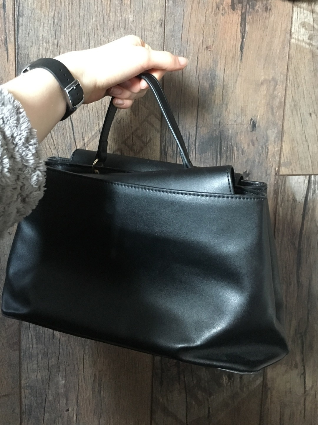 Women's bags & purses - MANGO photo 2