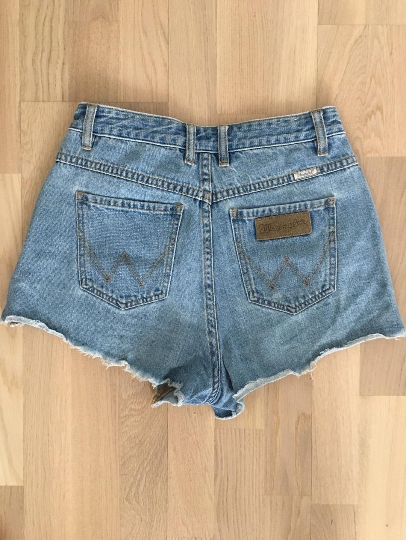 Women's shorts - HOURGLASS photo 2
