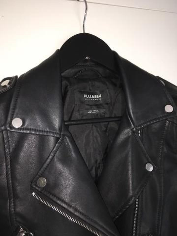 Women's coats & jackets - PULL&BEAR photo 3