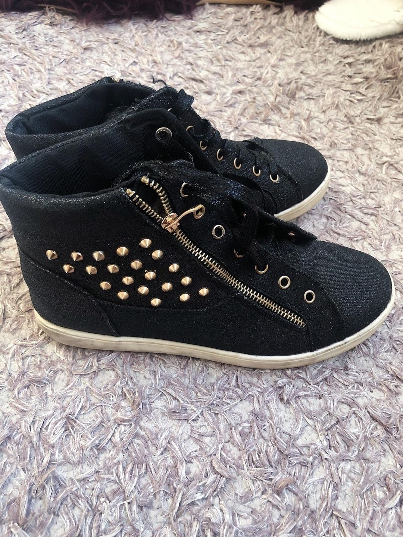 Women's sneakers - GLOWSE photo 2