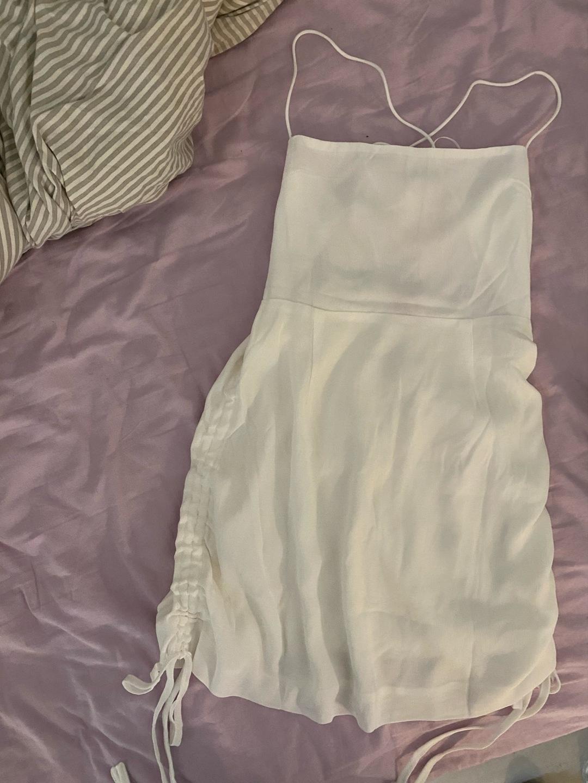Damen kleider - VERGE GIRL photo 1