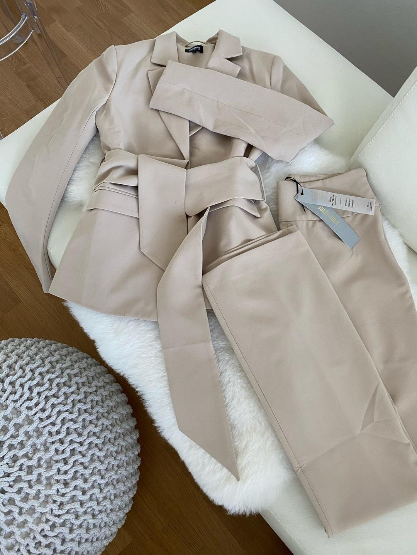 Damen blazer & anzüge - BUBBLEROOM photo 1