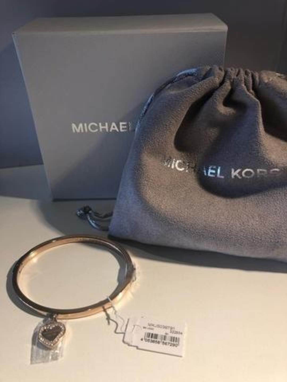 Women's jewellery & bracelets - MICHAEL KORS photo 1